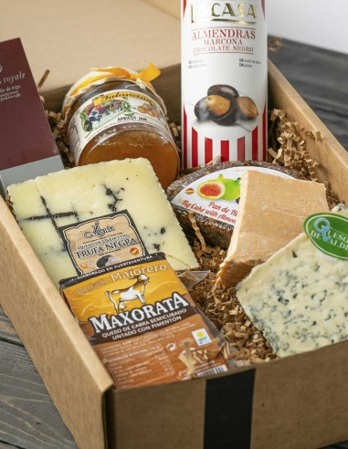 Holiday Gift Box 5 - Selection Cheeses