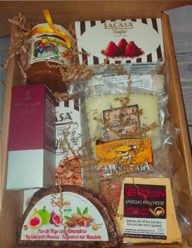 Holiday Gift Box 5 - Selection Cheeses